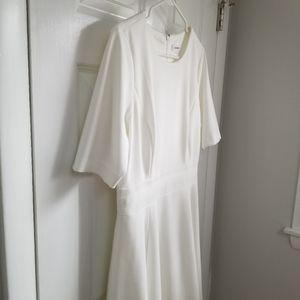 S/S Calvin Klein Off White Dress